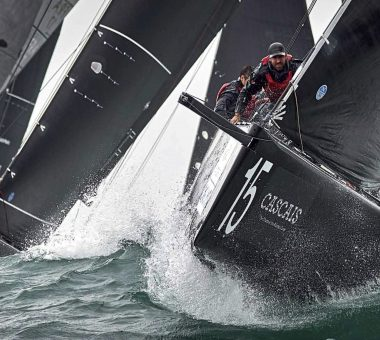 Charisma cleans up in big conditions Cascais